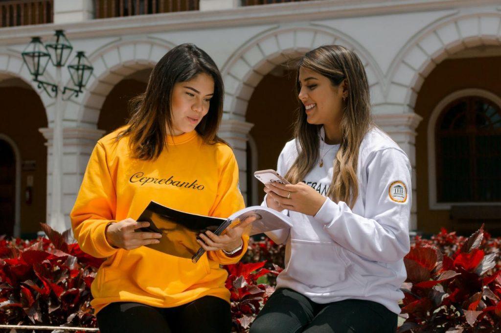 Alumnas Ceprebanko